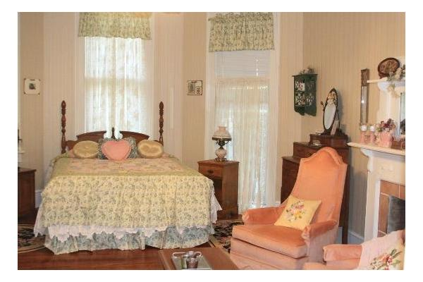 Willow Lake Bed and Breakfast