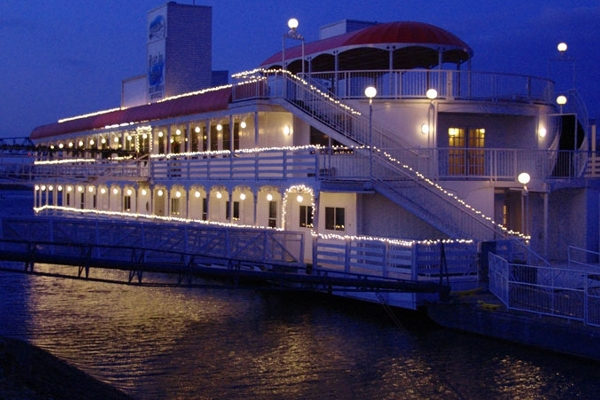 The River Inn has three decks & 18 luxury rooms.