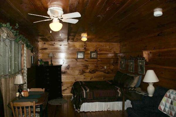 Cave Run Cabins at the Brownwood
