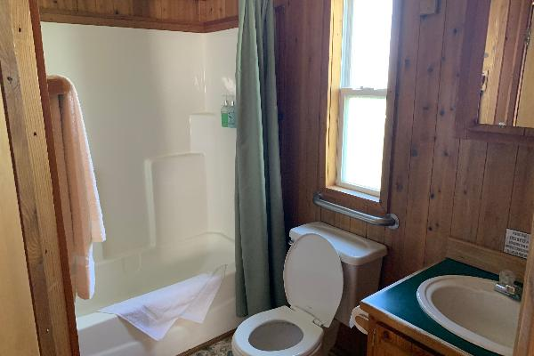 Consuelo Cabin Bathroom