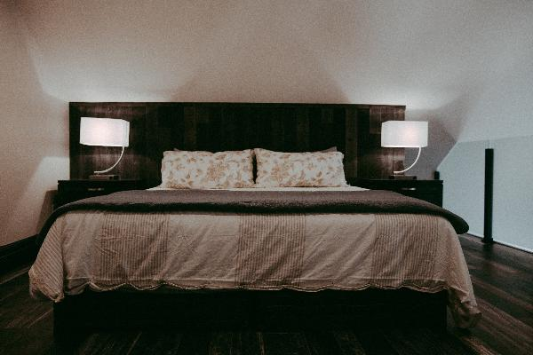 King size bed in master bedroom suite