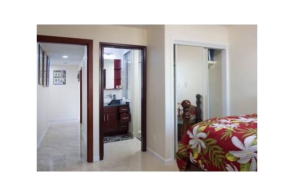 Private bedroom door w/ privacy shower door