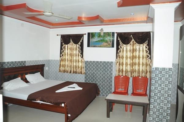 suite room non a/c fully furnitured ,tv and attached bath room