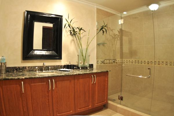 Conchal Vacation Rental Penthouse Bath