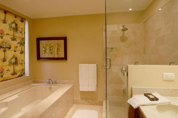 Luxury Vacation Home in Reserva Conchal - Master Bath