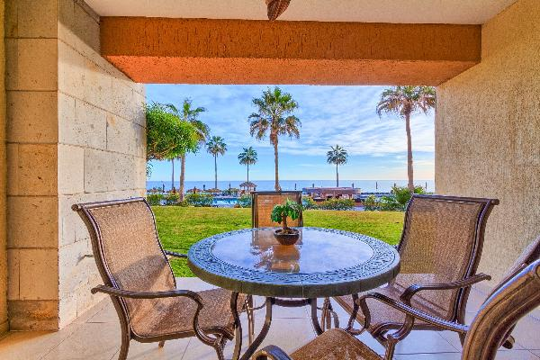 1BR/1BA Sonoran Sun Resort -PopularGround Floor....  Steps from Beach and Pools