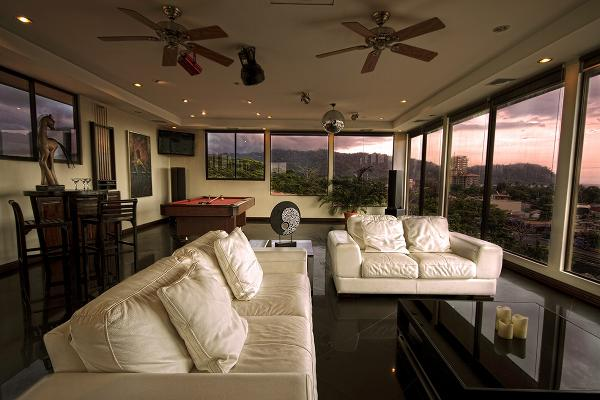 Monaco 25 is a 5200 SF 3 Story Penthouse Sleeps 10 W/ Full Kitchen & Full Private Bar