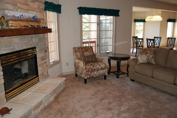 Large living room with gas fireplace