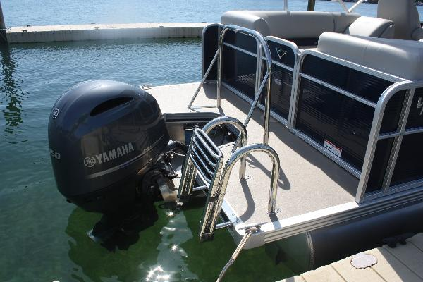 Powerful 150hp Yamaha outboard