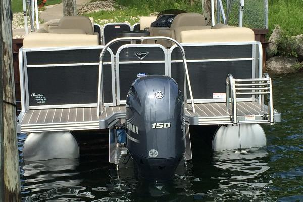 Powerful and efficient 150hp Yamaha four-stroke fuel injected outboard