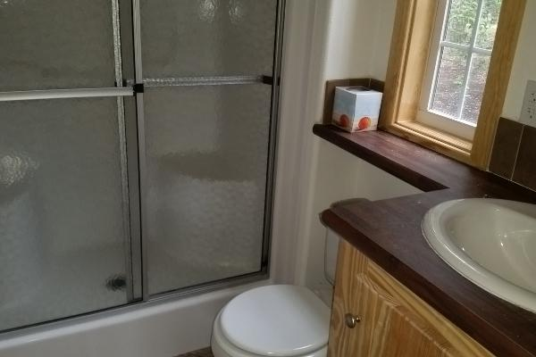 Full Bath with Tub/Shower