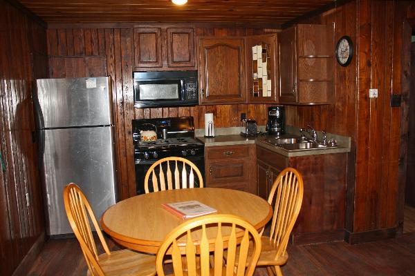 Whispering Oaks Cabin #1